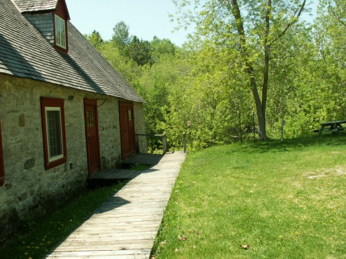 Moulin de la chevroti re le saint laurent v lo for Auberge maison roy quebec city